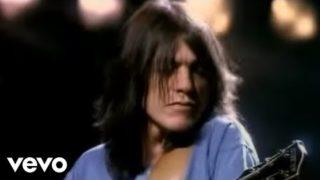AC/DC – Thunderstruck (Official Music Video)