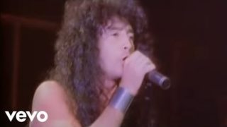 Anthrax – Caught In A Mosh (Official Music Video)