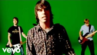 Foo Fighters – Times Like These (Official Music Video)