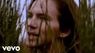Temple Of The Dog – Hunger Strike (Official Music Video)
